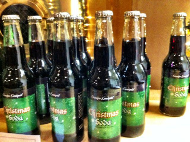 Denna bilden är från Svenska Kyrkans Julbasar i november 2011 där de sålde julmust till sin jultallrik
